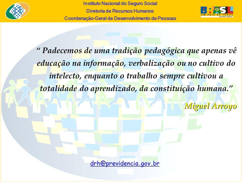Padecemos de uma tradição pedagógica que apenas vê educação na informação, verbalização ou no cultivo do intelecto, enquanto o trabalho sempre cultivou a totalidade do aprendizado, da constituição humana.