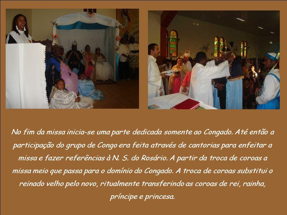No fim da missa inicia-se uma parte dedicada somente ao Congado