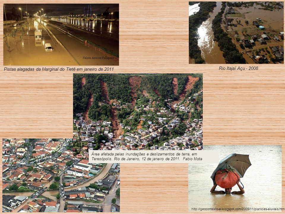 Pistas alagadas da Marginal do Tietê em janeiro de 2011