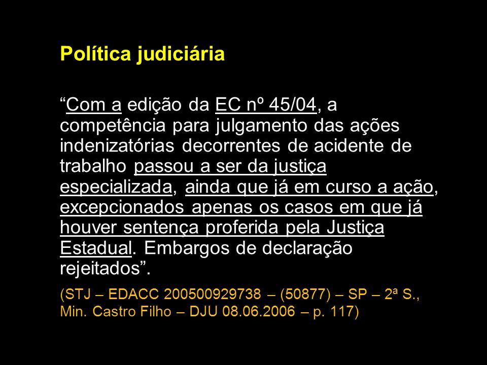 Política judiciária