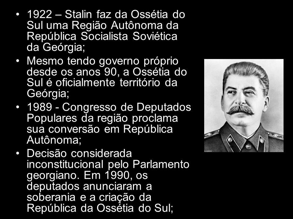 1922 – Stalin faz da Ossétia do Sul uma Região Autônoma da República Socialista Soviética da Geórgia;