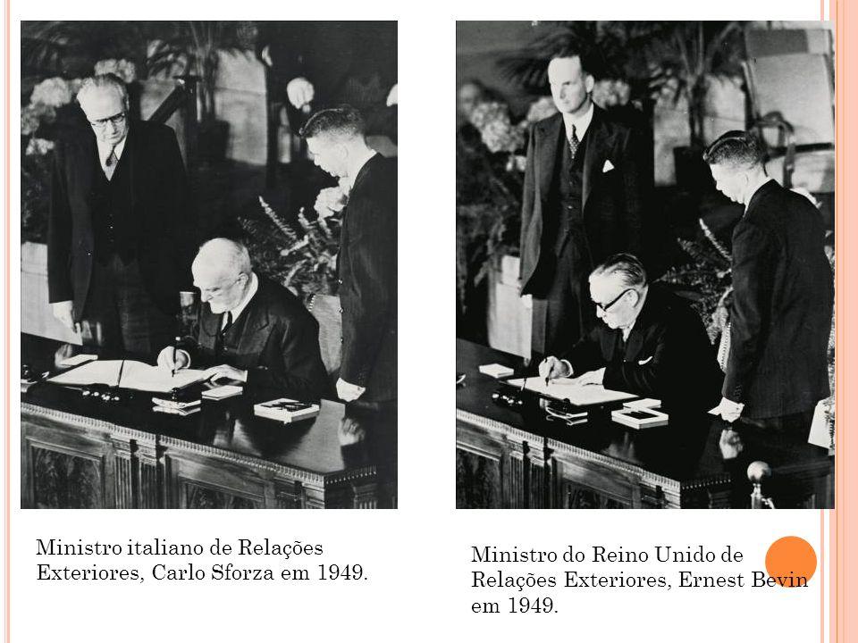 Ministro italiano de Relações Exteriores, Carlo Sforza em 1949.