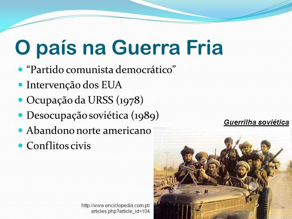 O país na Guerra Fria Partido comunista democrático