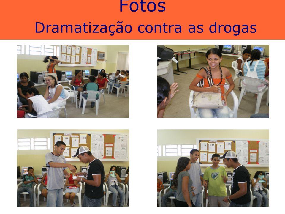Fotos Dramatização contra as drogas