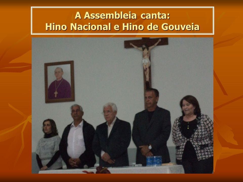 A Assembleia canta: Hino Nacional e Hino de Gouveia