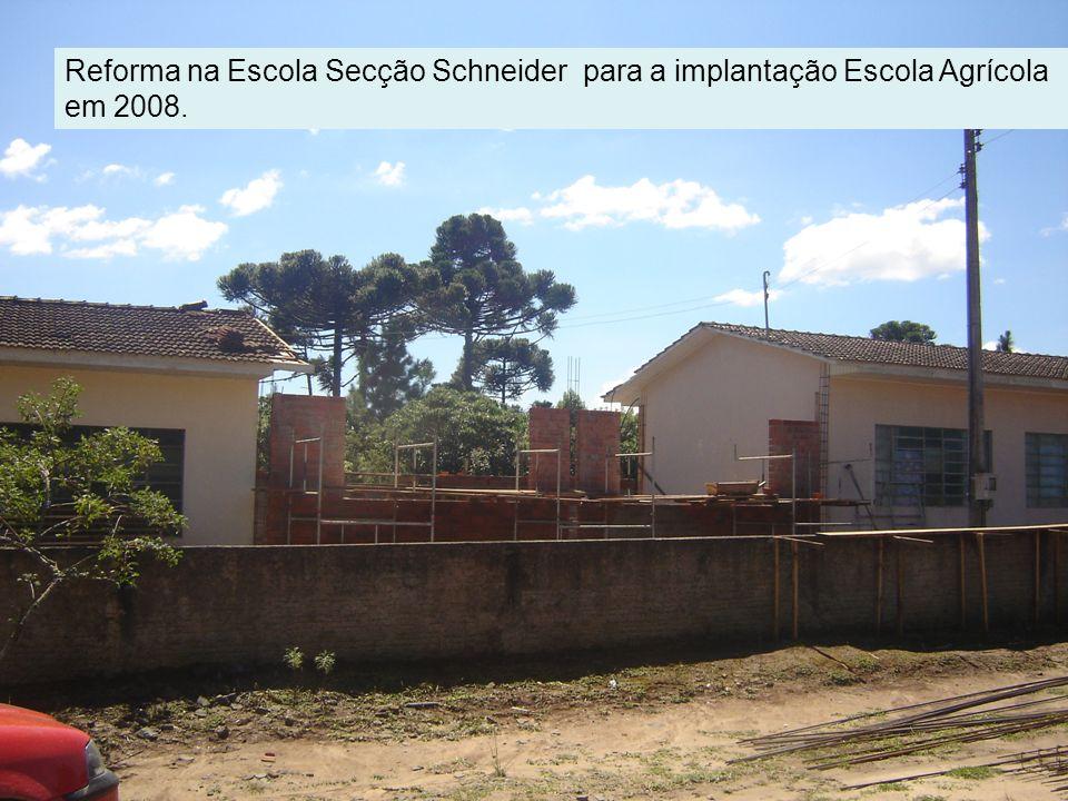 Reforma na Escola Secção Schneider para a implantação Escola Agrícola