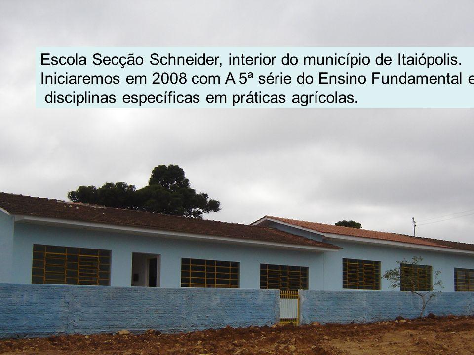 Escola Secção Schneider, interior do município de Itaiópolis.