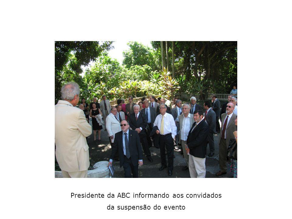Presidente da ABC informando aos convidados