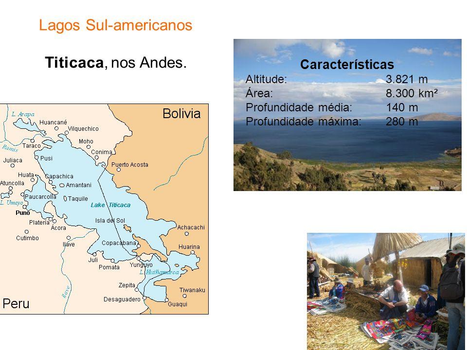 Lagos Sul-americanos Titicaca, nos Andes.