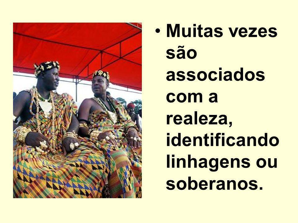 Muitas vezes são associados com a realeza, identificando linhagens ou soberanos.