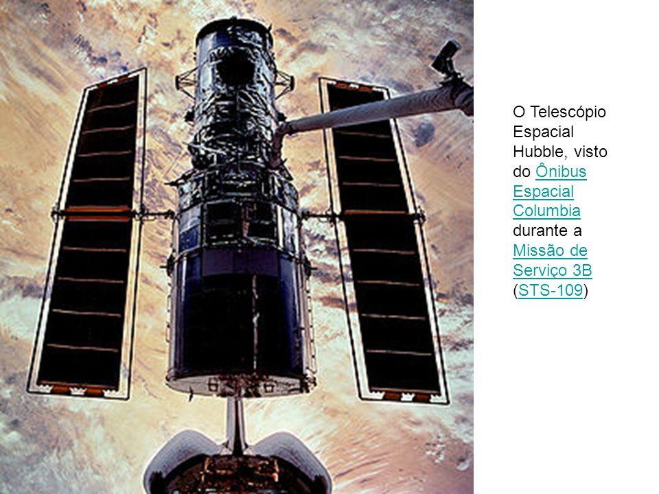 O Telescópio Espacial Hubble, visto do Ônibus Espacial Columbia durante a Missão de Serviço 3B (STS-109)