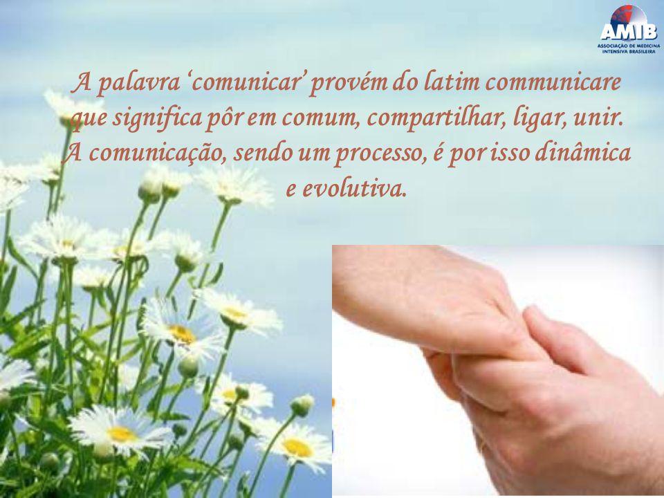 A palavra 'comunicar' provém do latim communicare que significa pôr em comum, compartilhar, ligar, unir.