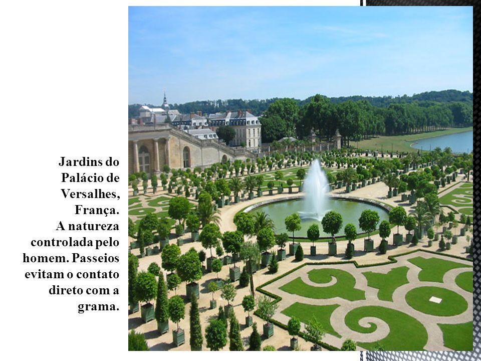 Jardins do Palácio de Versalhes, França.