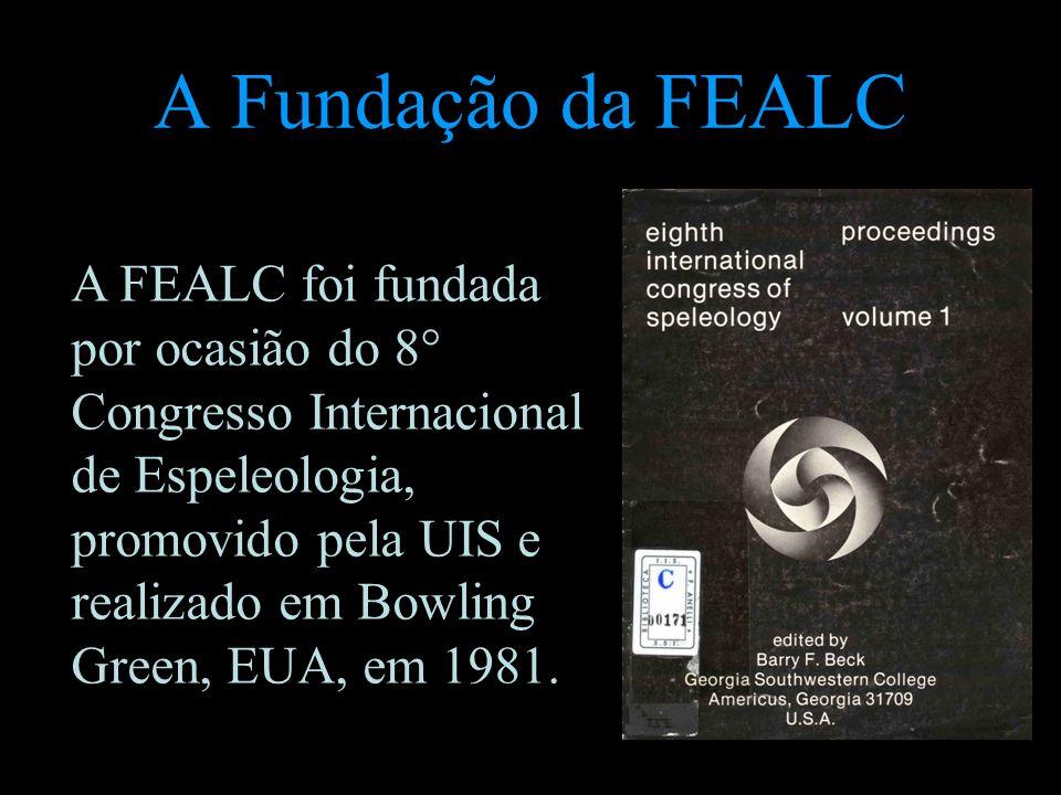 A Fundação da FEALC