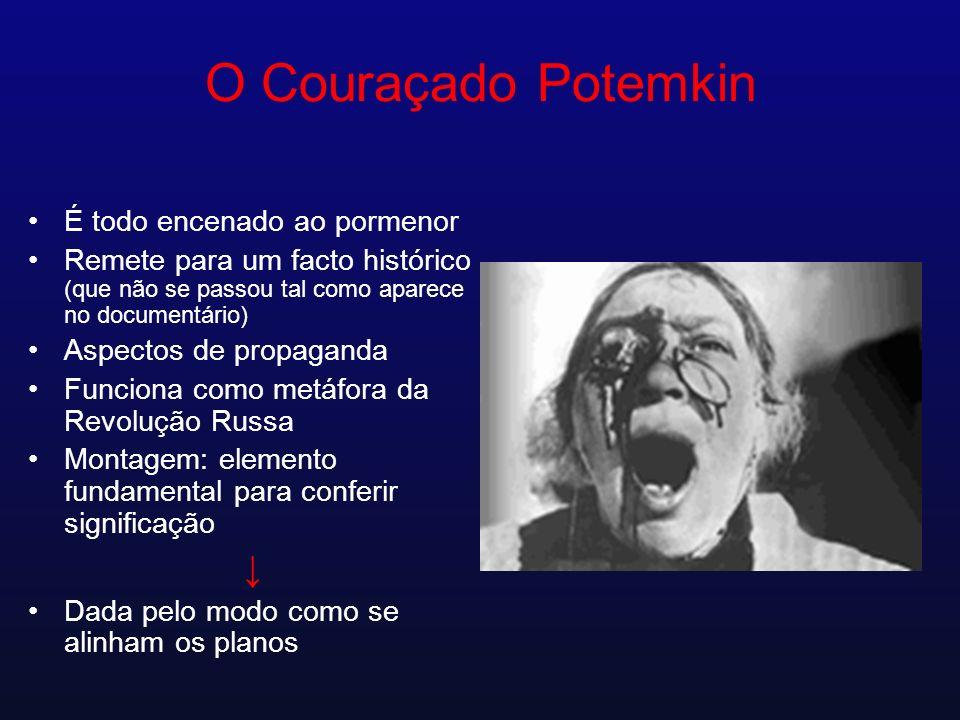 O Couraçado Potemkin ↓ É todo encenado ao pormenor