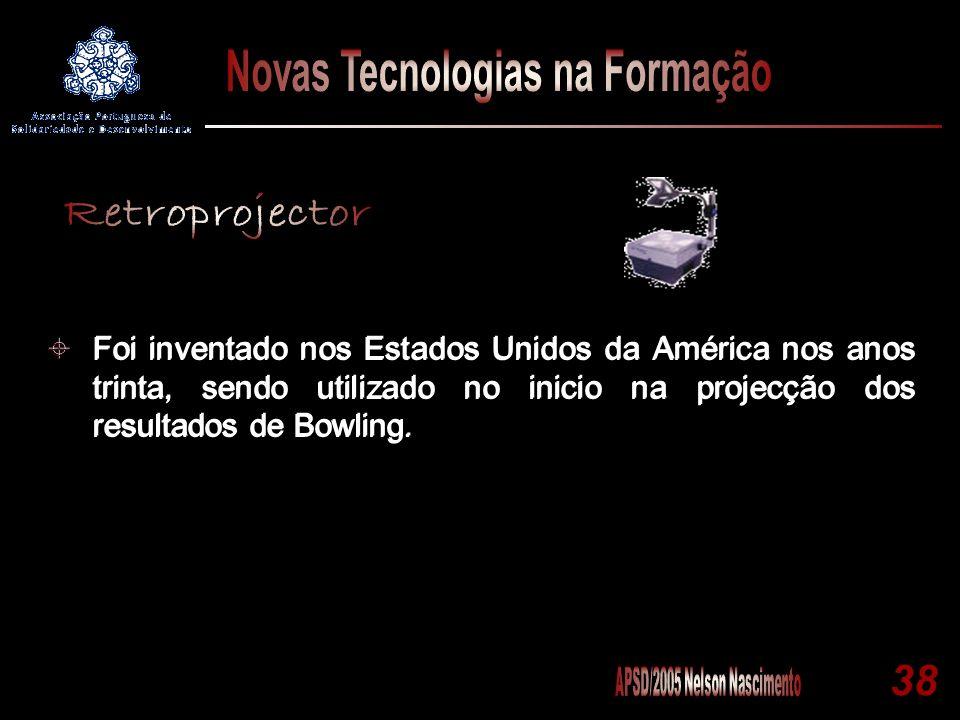 Foi inventado nos Estados Unidos da América nos anos trinta, sendo utilizado no inicio na projecção dos resultados de Bowling.