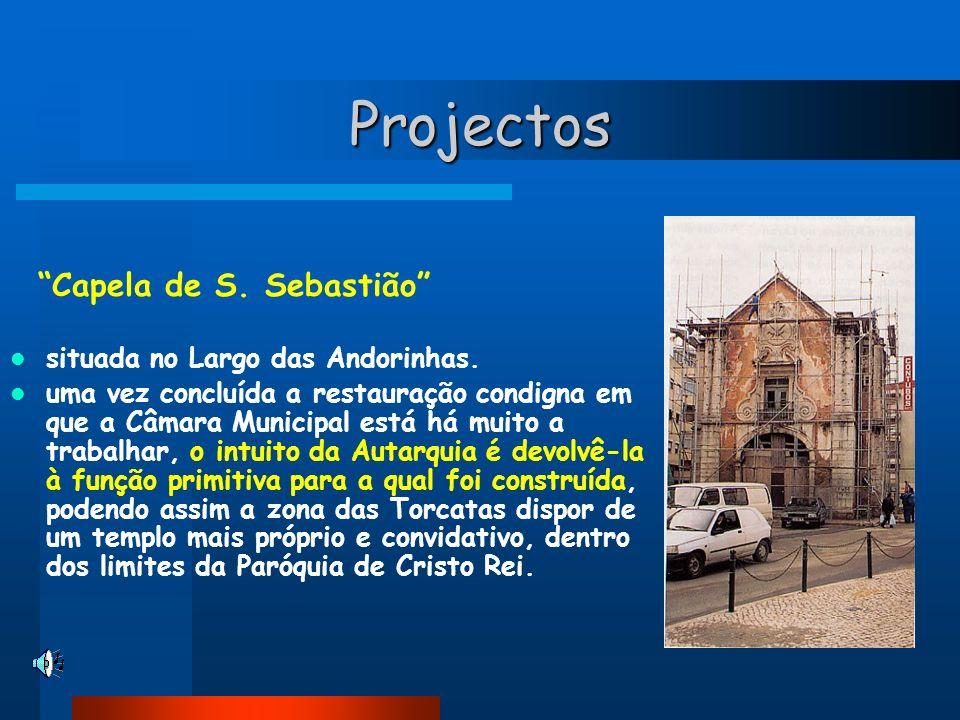 Projectos situada no Largo das Andorinhas.