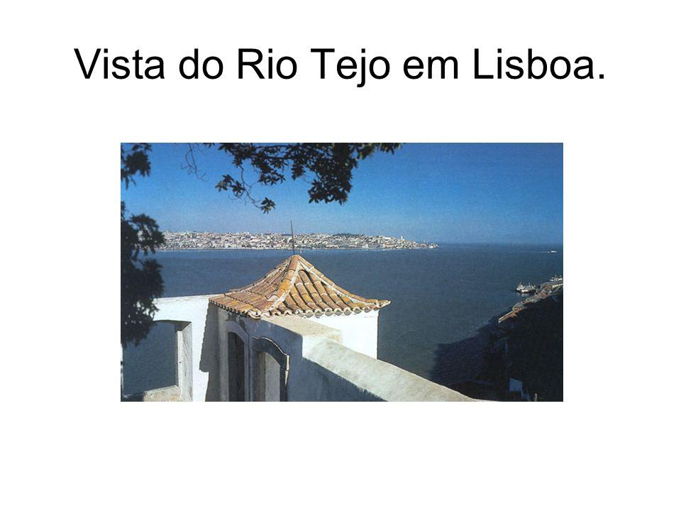 Vista do Rio Tejo em Lisboa.
