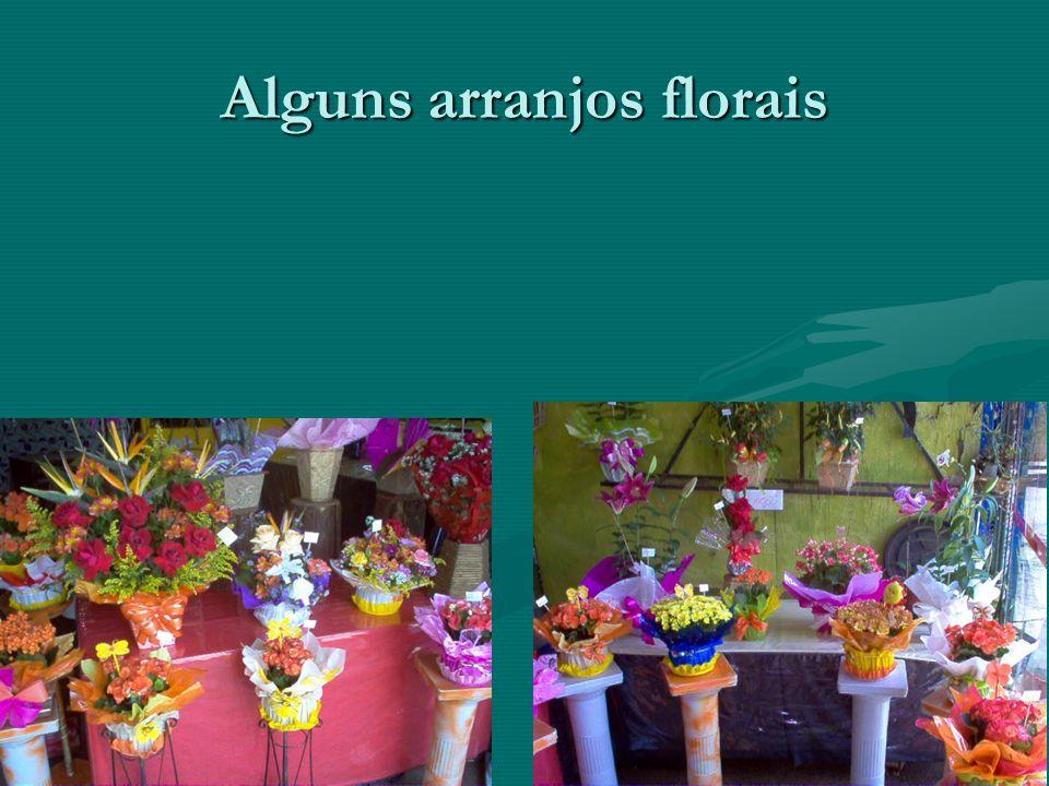 Alguns arranjos florais