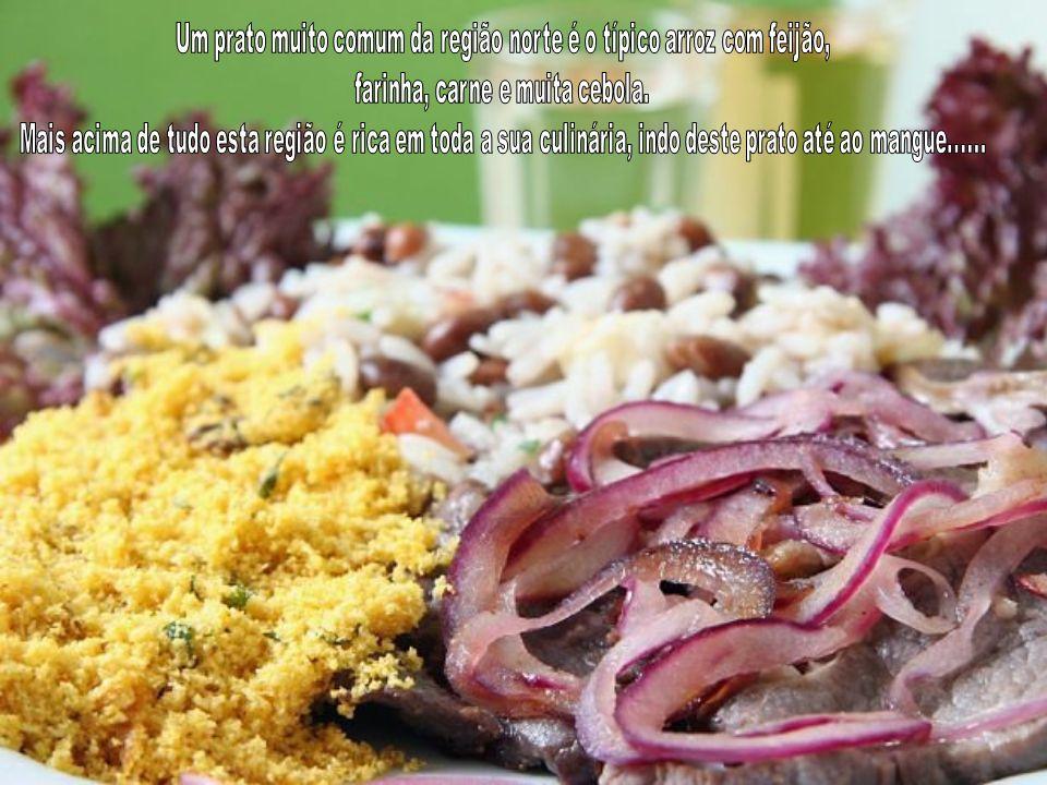 Um prato muito comum da região norte é o típico arroz com feijão,