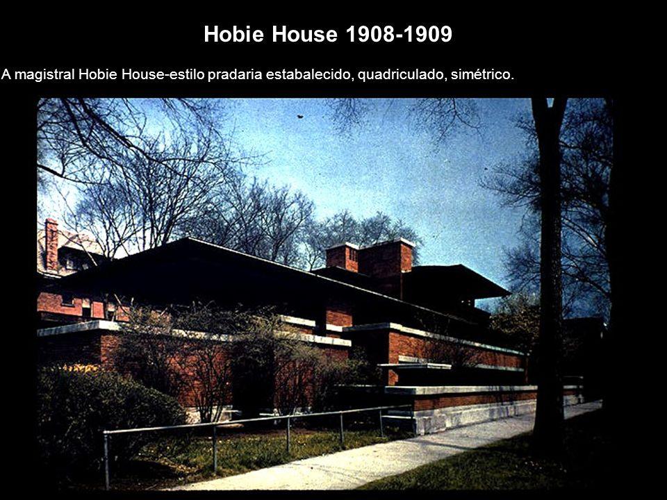 Hobie House 1908-1909 A magistral Hobie House-estilo pradaria estabalecido, quadriculado, simétrico.