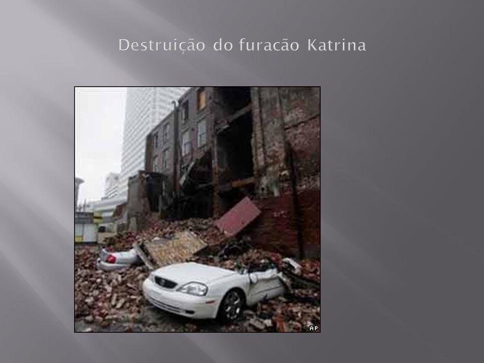 Destruição do furacão Katrina