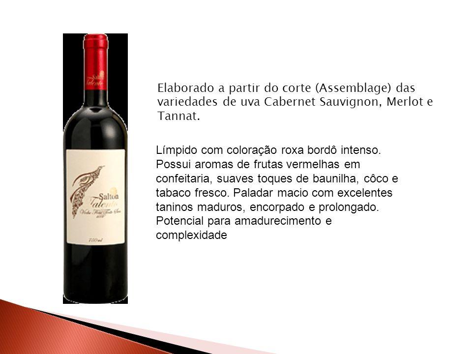 Elaborado a partir do corte (Assemblage) das variedades de uva Cabernet Sauvignon, Merlot e Tannat.