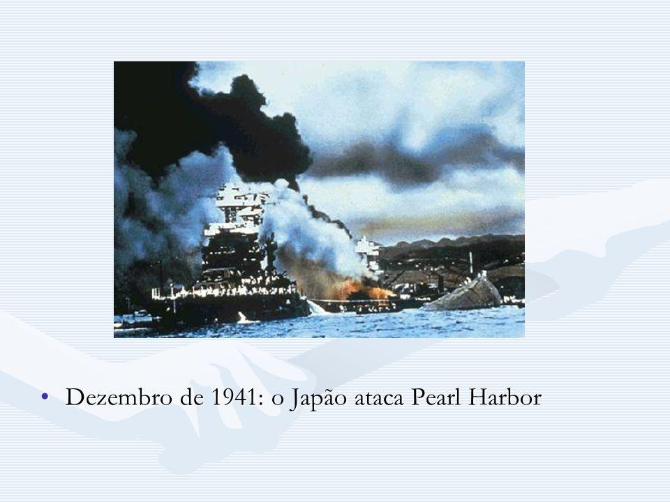 Dezembro de 1941: o Japão ataca Pearl Harbor