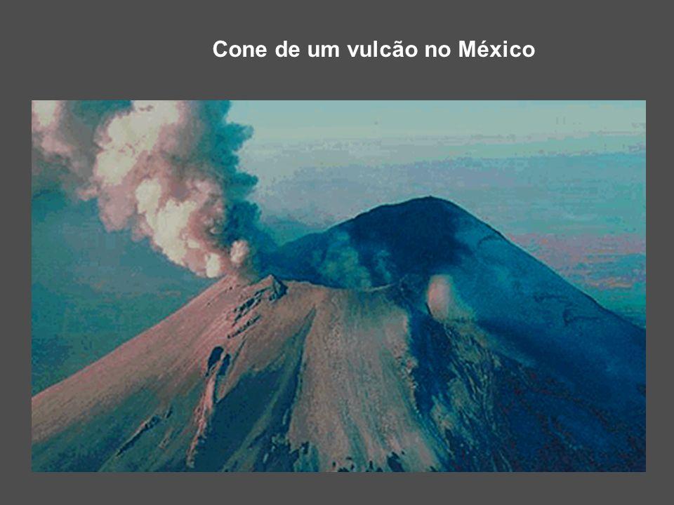 Cone de um vulcão no México