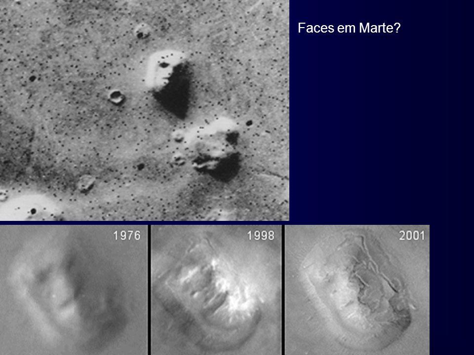 Faces em Marte