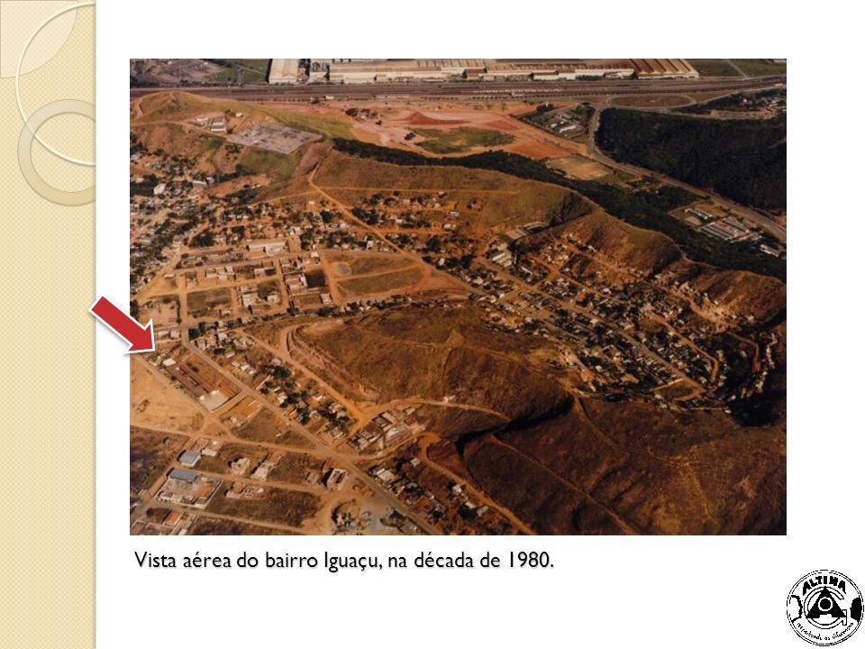 Vista aérea do bairro Iguaçu, na década de 1980.