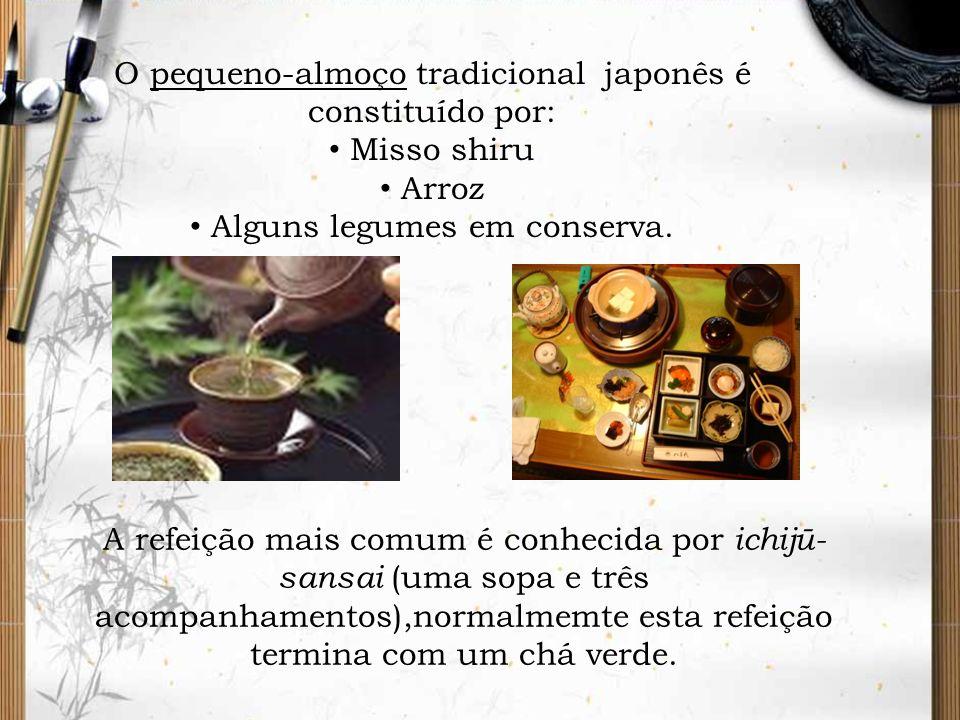 O pequeno-almoço tradicional japonês é constituído por: Misso shiru