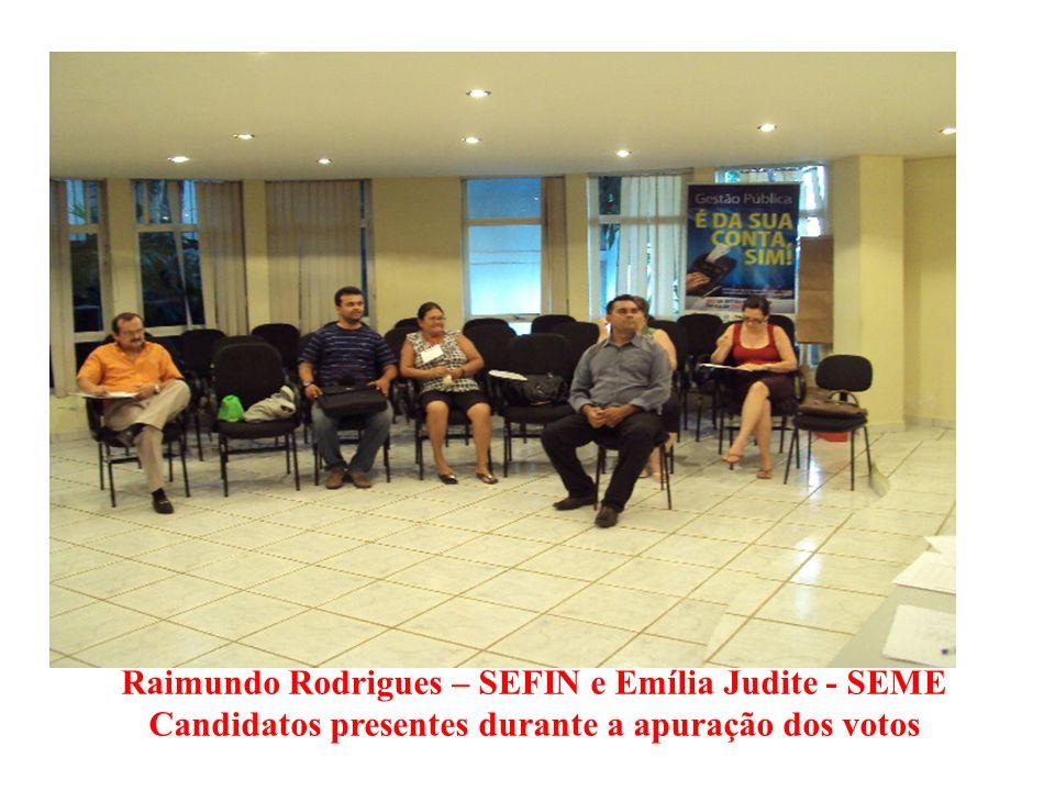 Candidatos presentes durante a apuração dos votos