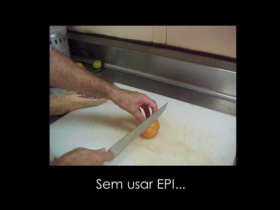 Sem usar EPI...