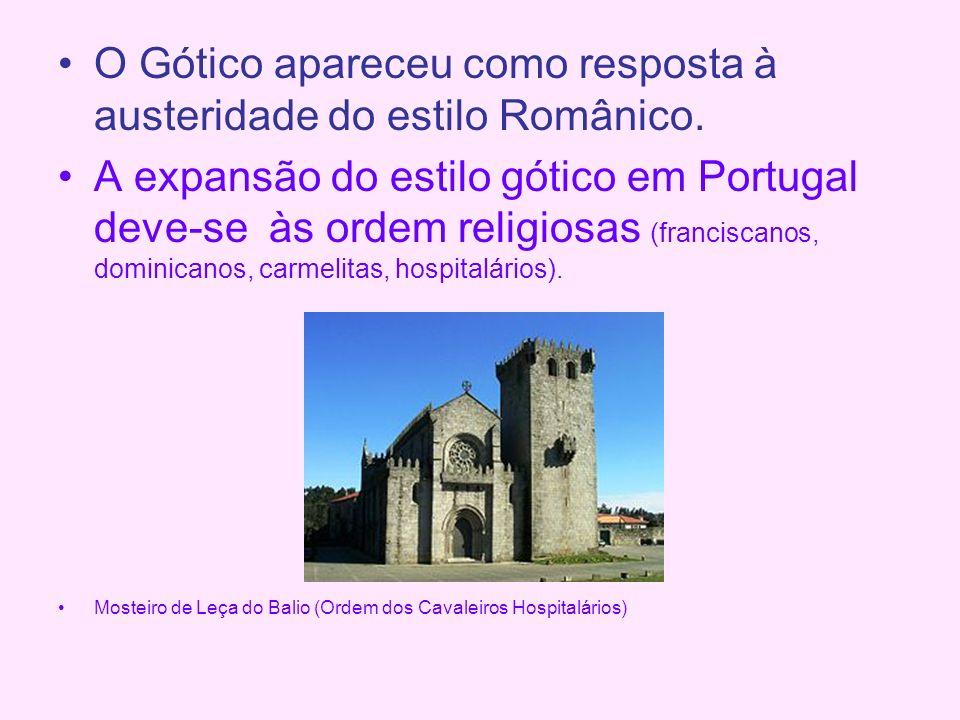 O Gótico apareceu como resposta à austeridade do estilo Românico.
