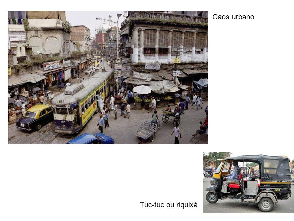 Caos urbano Tuc-tuc ou riquixá