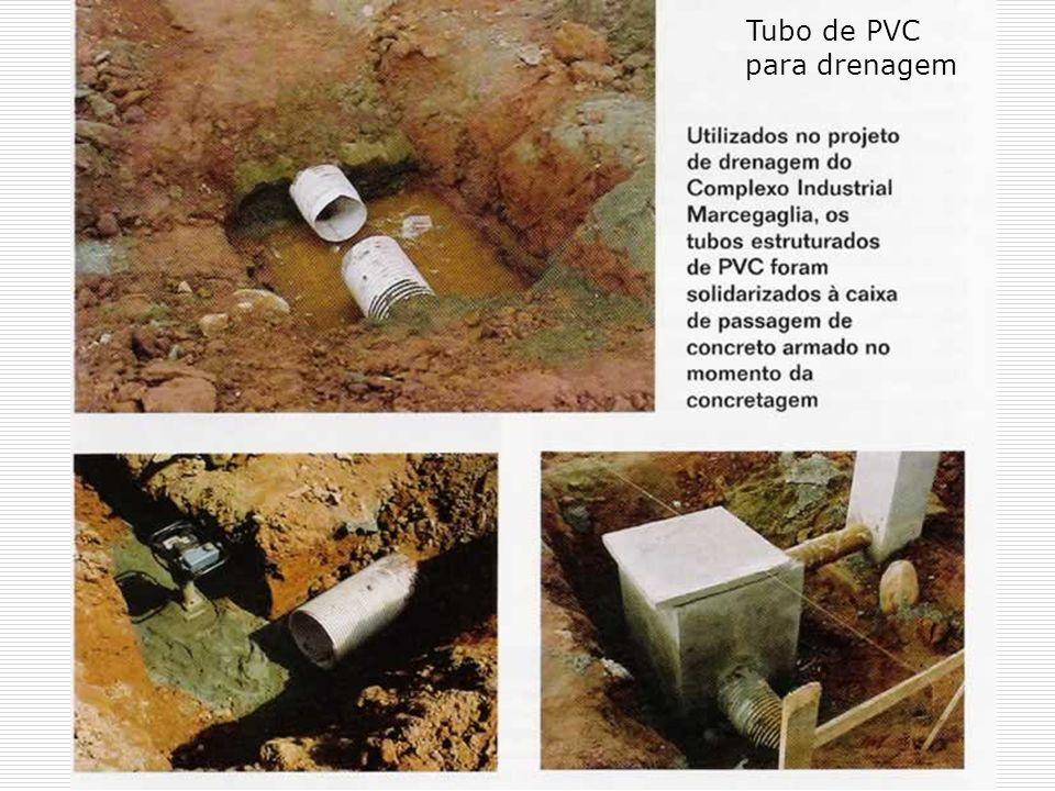 Tubo de PVC para drenagem
