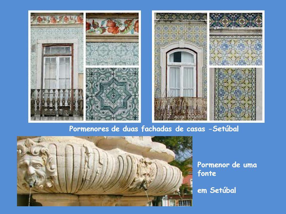 Pormenores de duas fachadas de casas -Setúbal