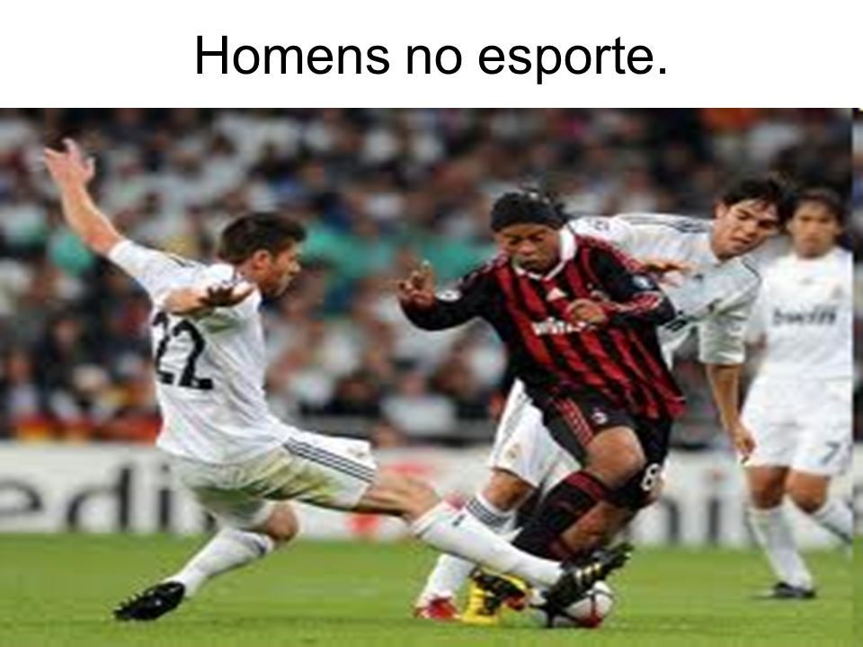 Homens no esporte.