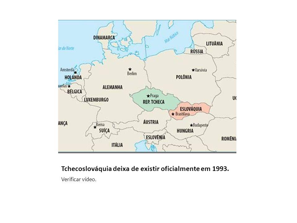 Tchecoslováquia deixa de existir oficialmente em 1993.