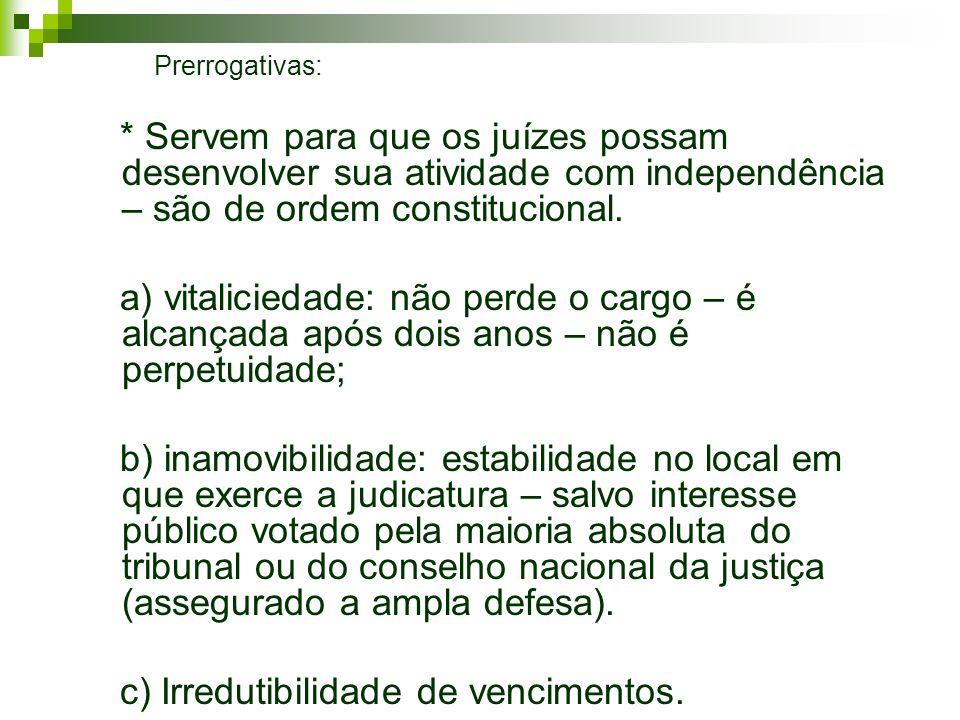 c) Irredutibilidade de vencimentos.