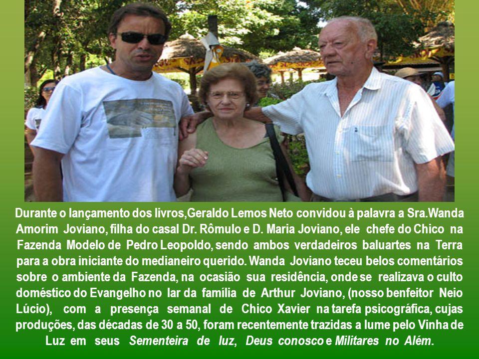 Durante o lançamento dos livros,Geraldo Lemos Neto convidou à palavra a Sra.Wanda Amorim Joviano, filha do casal Dr.