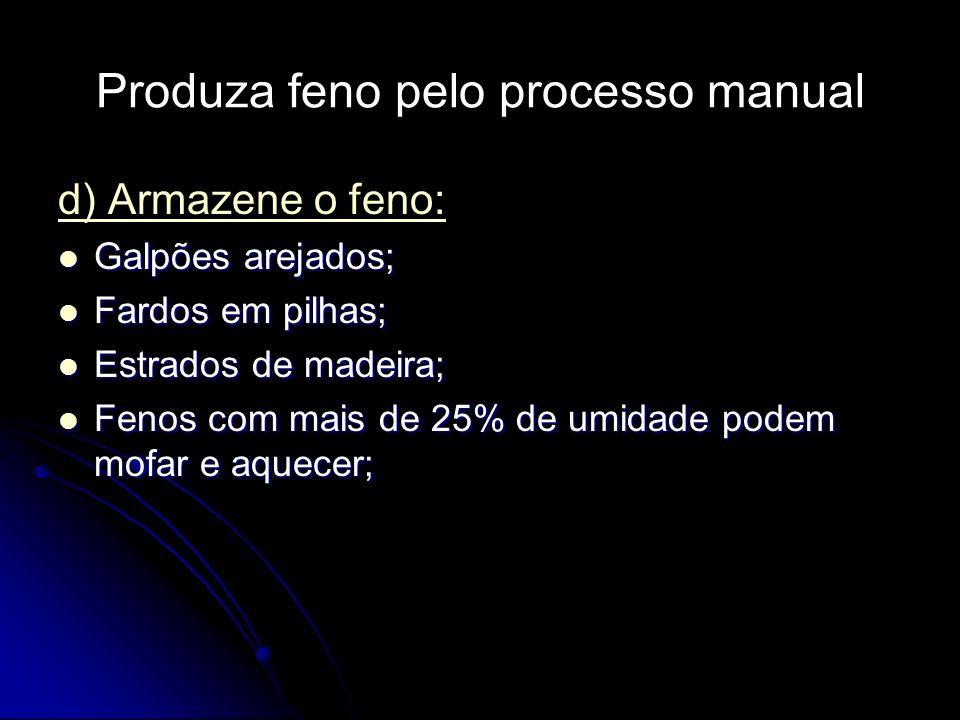 Produza feno pelo processo manual