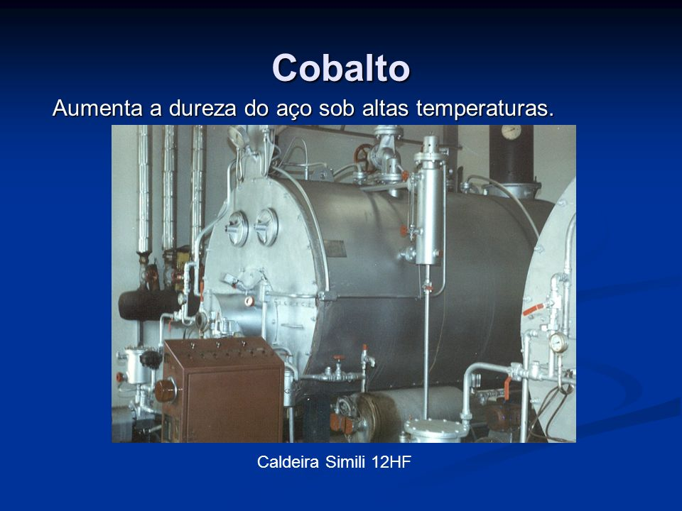 Aumenta a dureza do aço sob altas temperaturas.