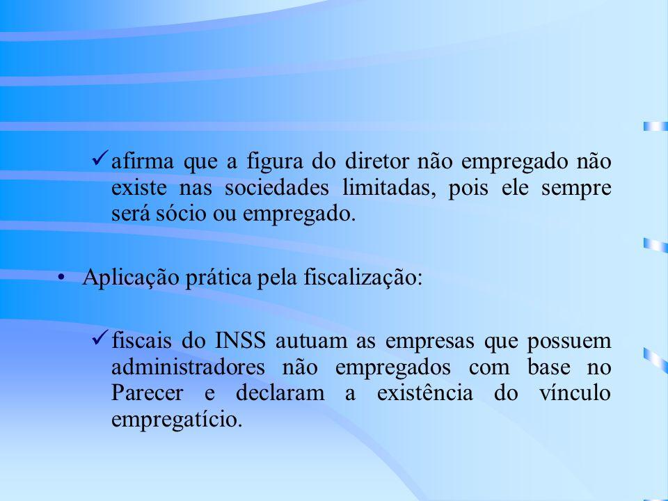 afirma que a figura do diretor não empregado não existe nas sociedades limitadas, pois ele sempre será sócio ou empregado.