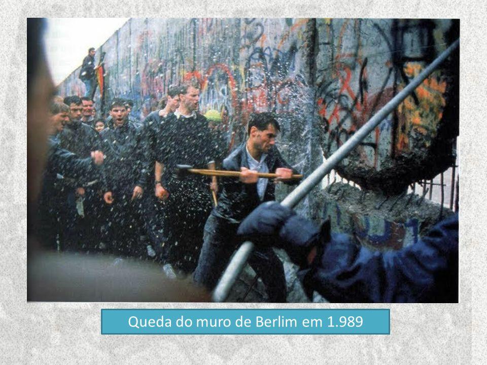Queda do muro de Berlim em 1.989