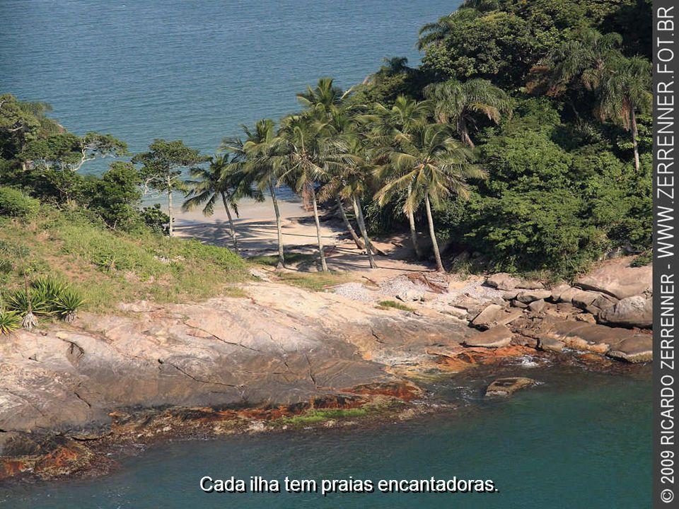 Cada ilha tem praias encantadoras.