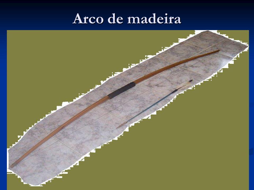 Arco de madeira