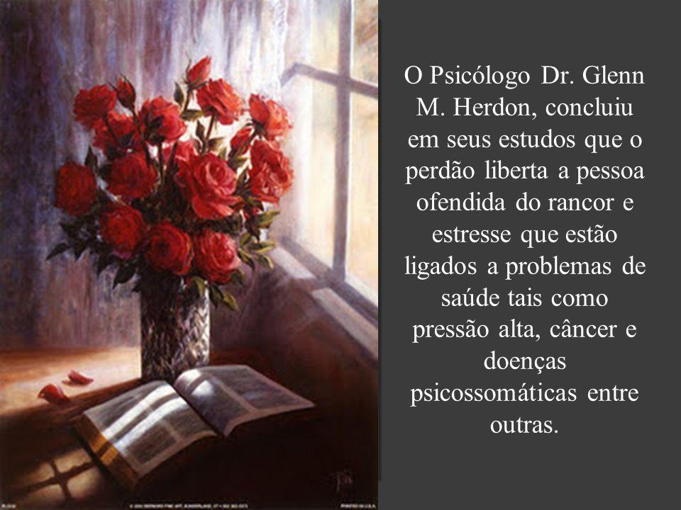 O Psicólogo Dr. Glenn M.