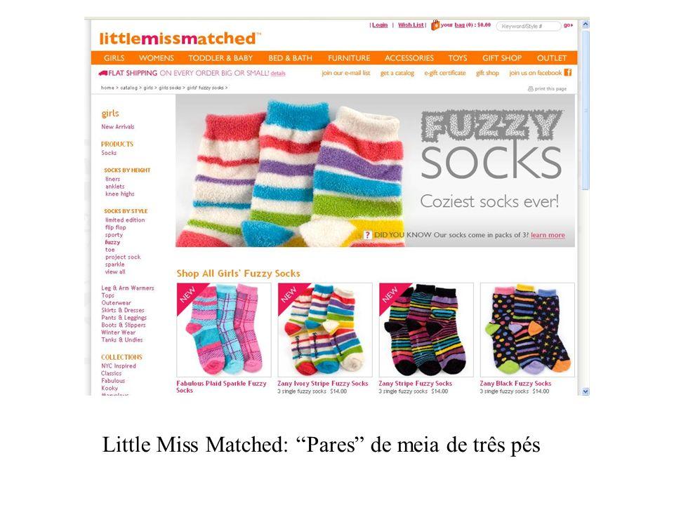 Little Miss Matched: Pares de meia de três pés